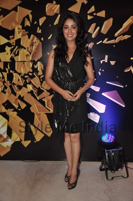 yami-gautam-at-elle-beauty-awards-2012-2