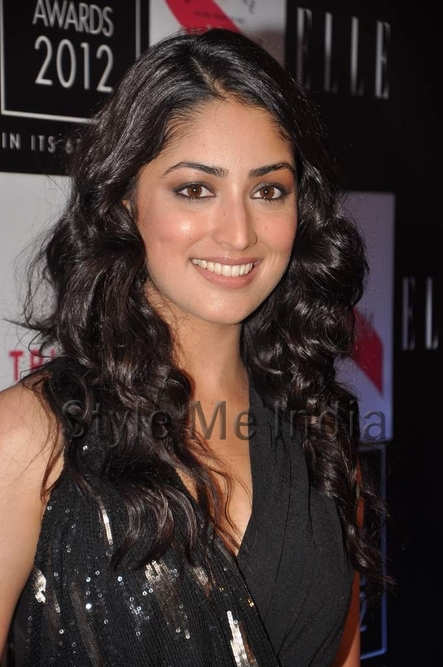 yami-gautam-at-elle-beauty-awards-2012-5